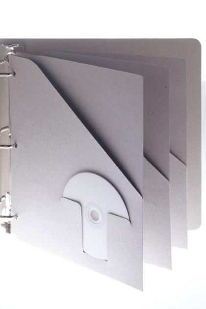 Insertable clip in pocket for 3-ring binders - Naked Binder